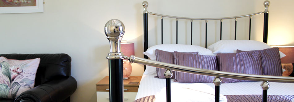 Oystercatcher Double Bed